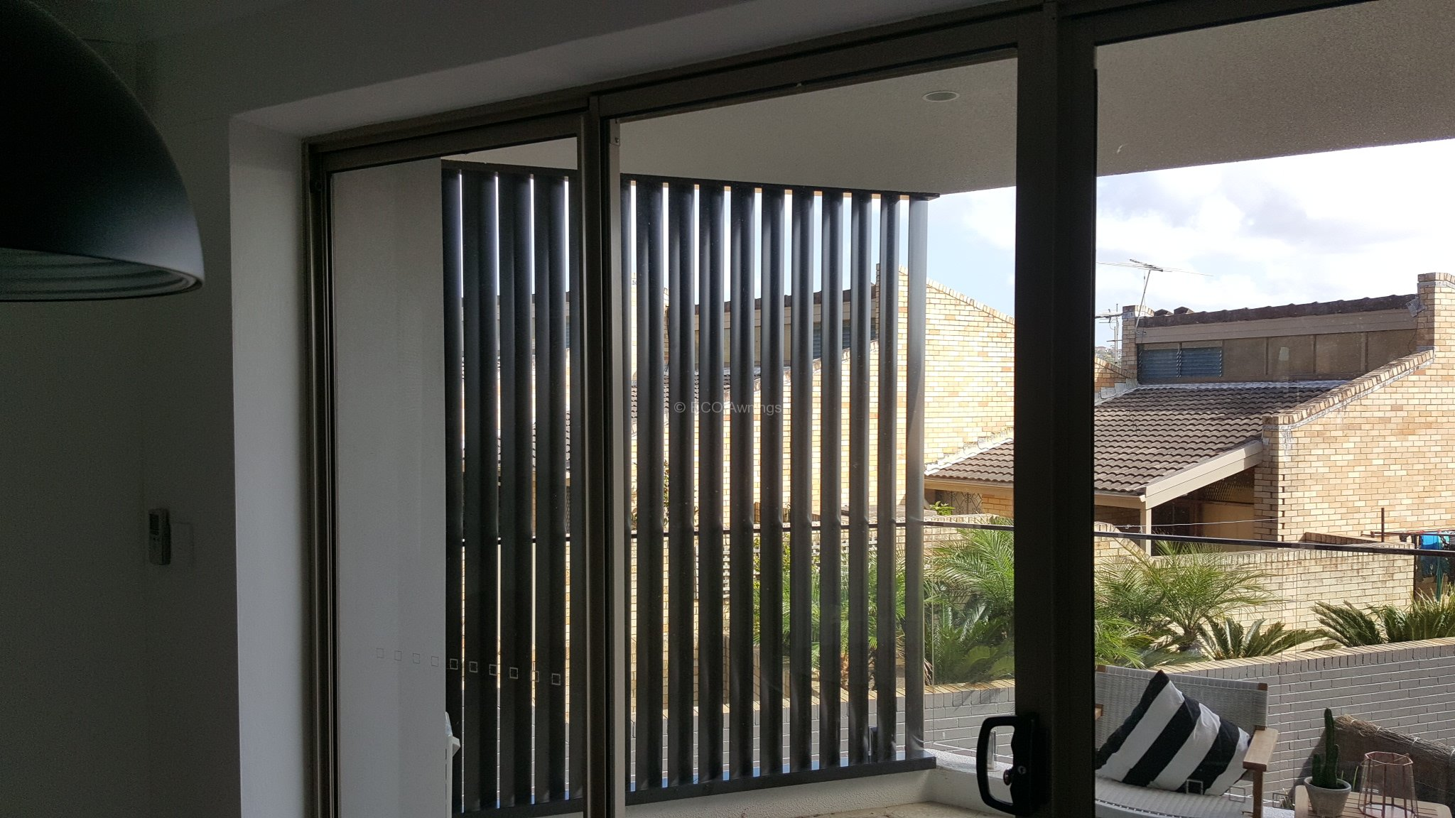 Privacy Screen Louvers With 160 Fixed Vertical Blades