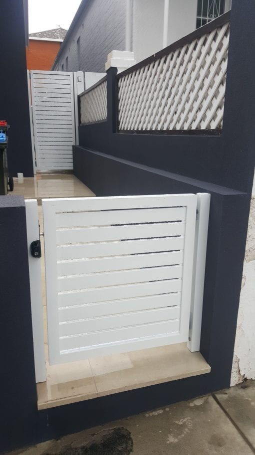 Front entrance gate with 65mm slats in a 50x50 box frame