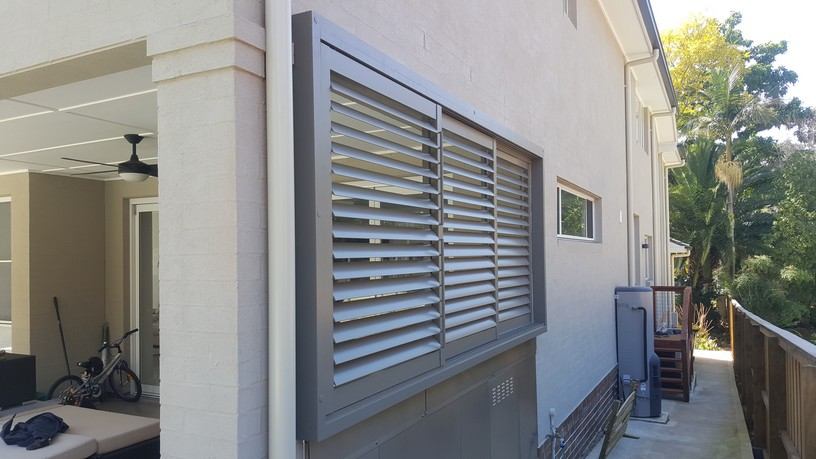 Privacy Screen Louvers With Sliding Adjustable 85mm Blades